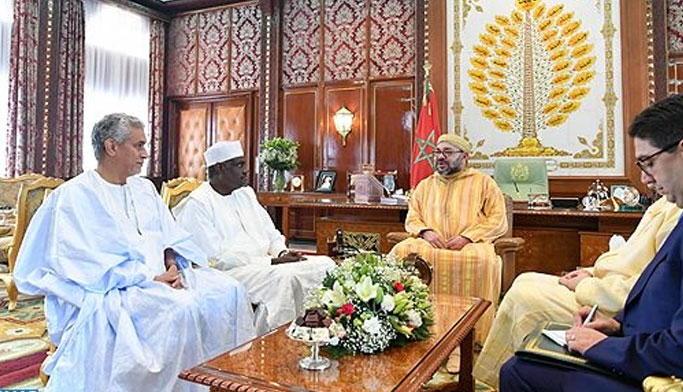 الملك محمد السادس يستقبل رئيس مفوضية الاتحاد الإفريقي