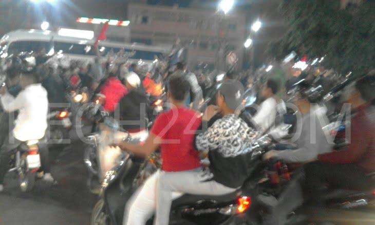 المراكشيون يخرجون للشوارع إحتفالا بتتويج الوداد باللقب الافريقي