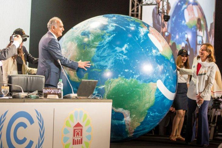 افتتاح مؤتمر كوب 23 .. المغرب يسلم فيجي رئاسة مؤتمر الامم المتحدة حول المناخ