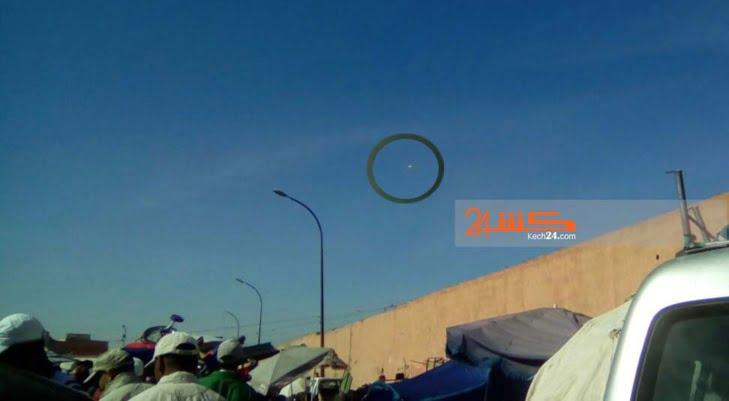 طائرة بدون ربان فوق سوق الخميس تثير ريبة المراكشيين بعد تصوير لقطة مثيرة + صور