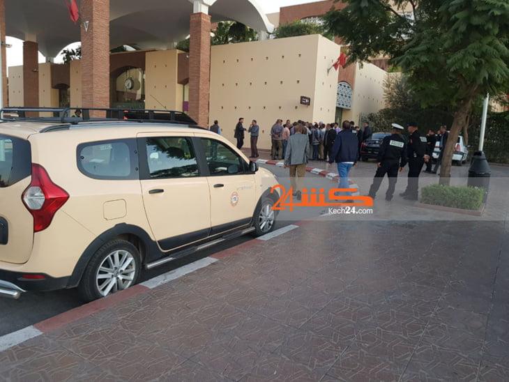 شنآن بين سائقي سيارات الأجرة بمراكش يعجل بتدخل الأمن ومصالح ولاية الجهة + صور