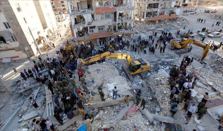 ارتفاع حصيلة ضحايا زلزال إيران والسلطات تستنفر