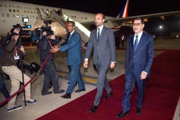 الوزير الأول الفرنسي يحل بالرباط على رأس وفد رسمي رفيع المستوى