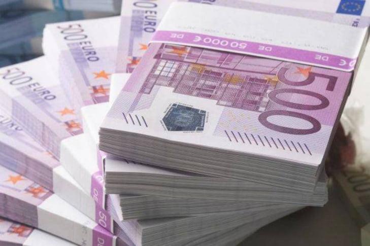 تحويلات مالية مشبوهة من فرنسا لفائدة أشخاص بالمغرب تحوم حول أحدهم شكوك الارهاب والمخدرات
