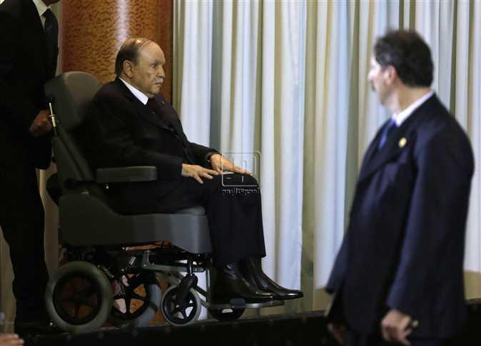 بوتفليقة ينوي الترشح لولاية رئاسية خامسة