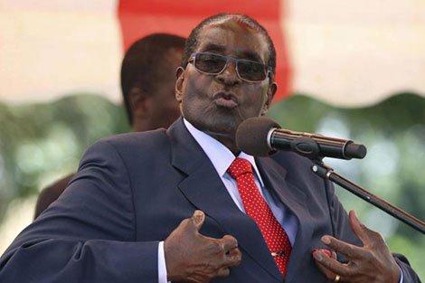 موغابي يصدم زيمبابوي ويتحدى في خطاب تلفزيوني الدعوات إلى استقالته