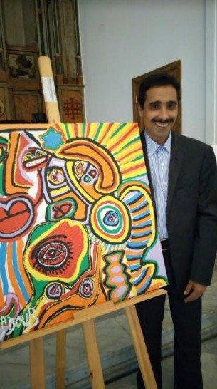 فنانون يحتفون بإبداعاتهم في ليلة الألوان والفرشاة برواق المدينة القديمة بالدارالبيضاء