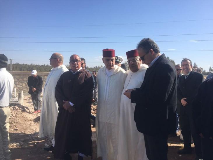 بالصور.. والي الجهة لبجيوي يشرف على مراسيم تشييع ضحايا فاجعة الصويرة