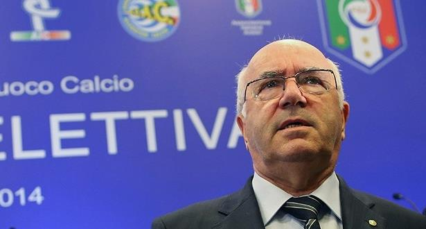 استقالة تافيكيو رئيس الاتحاد الإيطالي لكرة القدم بعد فشل المنتخب