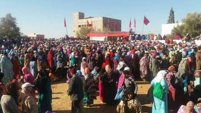 حقوقيون يخوضون وقفة تضامنية مع عائلات ضحايا فاجعة الصويرة