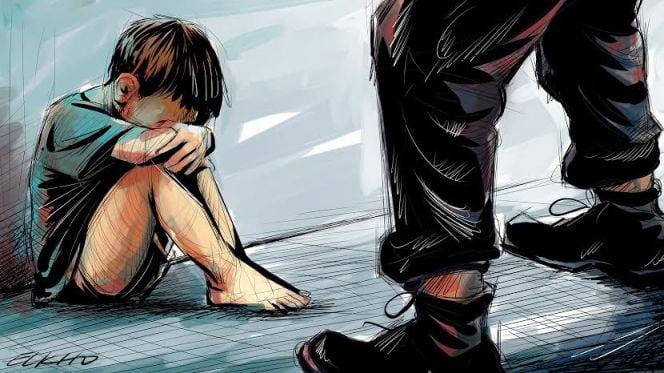 الوكيل العام للملك يكشف حقيقة إحتجاز طفل من قبل والده وتقييده لمدة طويلة