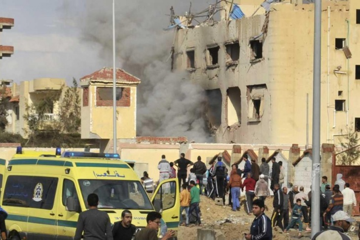 التلفزيون المصري: ارتفاع عدد قتلى الهجوم على مسجد بشمال سيناء إلى 184 قتيلا