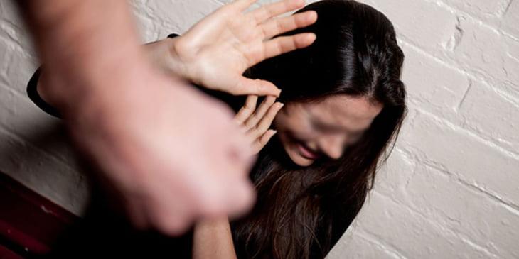 وزارة الحقاوي تطلق حملة لوقف العنف ضد النساء في الأماكن العامة