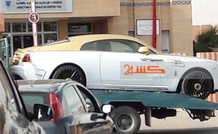 سكوب: يعني مشى فيها .. سلطات مراكش تحجز سيارات صاحب مقهى