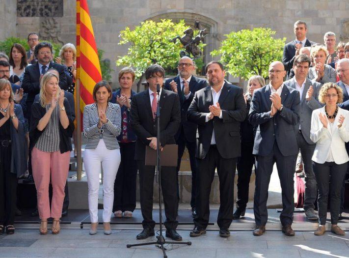 المحكمة العليا الإسبانية تحقق مع كافة المسؤولين السابقين في إقليم كتالونيا