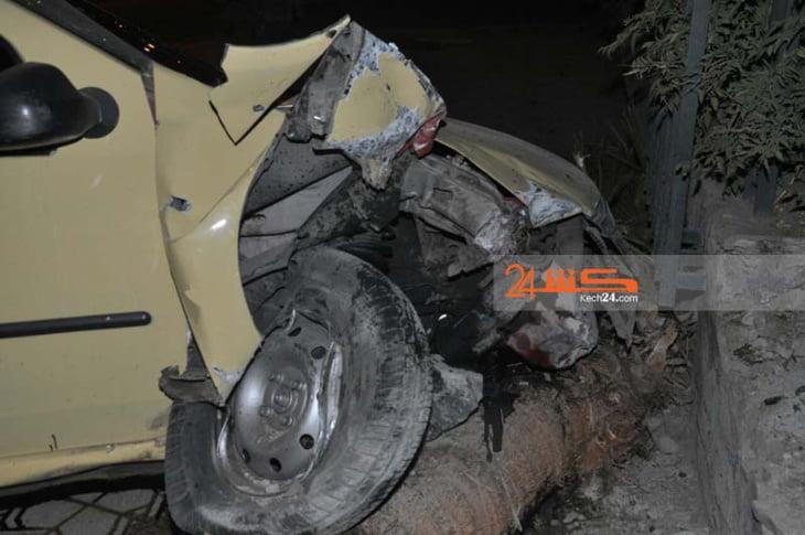 حادثة سير خطيرة تتسبب في خسائر مادية جسيمة بمراكش + صور