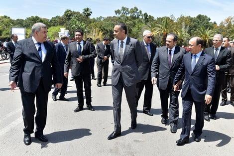 حصول مهاجر مغربي على رقم الهاتف الشخصي للملك يستنفر المخابرات المغربية