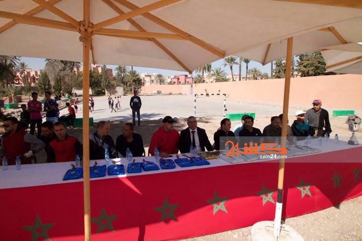 بالصور: اختتام منافسات كأس الدوري الجهوي للطلبة في كرة القدم داخل القاعة بمراكش