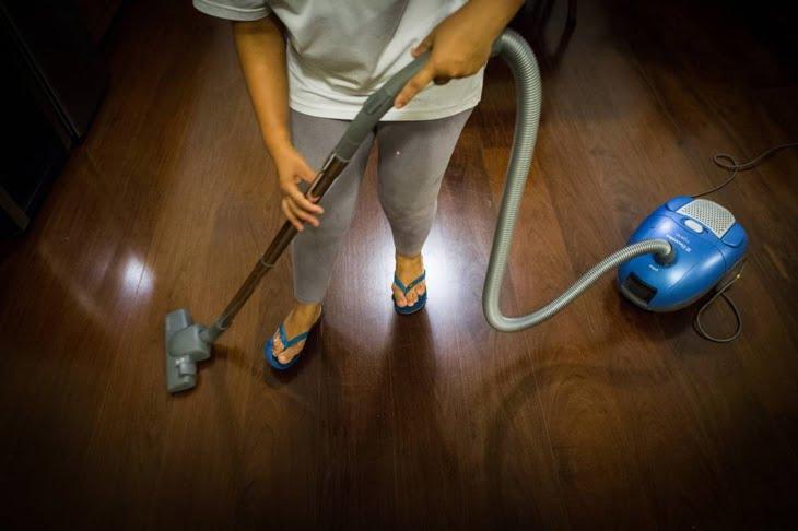 اعلانات مشبوهة تروج للدعارة بمراكش تحت ستار توظيف عاملات للنظافة