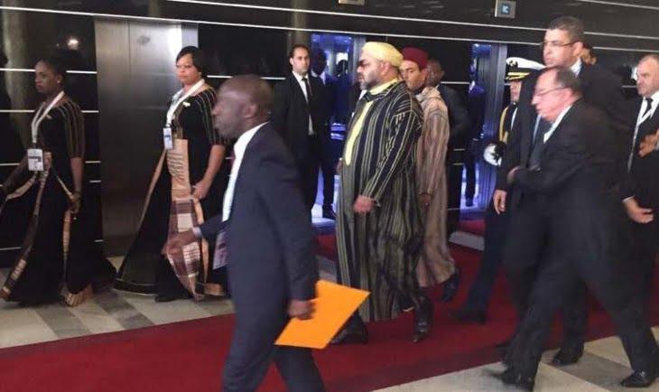 الملك محمد السادس يصل إلى مكان انعقاد قمة أبيدجان