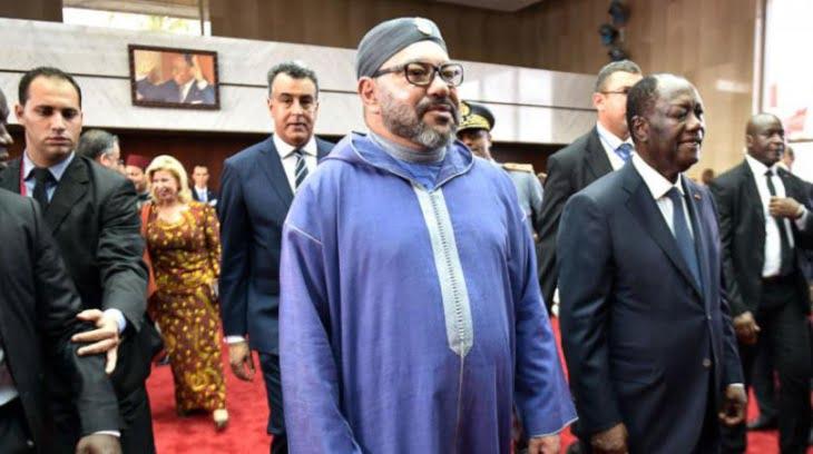 صورة تذكارية تجمع الملك محمد السادس بزعيم البوليساريو بقمة ابيدجان + صورة