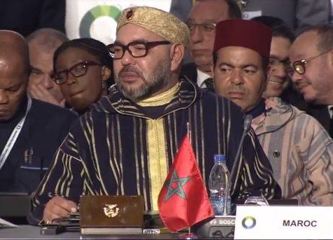 الملك يستقبل رئيس جمهورية أنغولا على هامش قمة الاتحاد الإفريقي الأوروبي