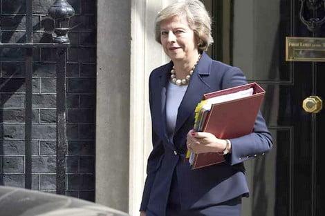 إحباط مخطط لاغتيال رئيسة وزراء بريطانيا تيريزا ماي
