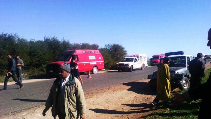 وفاة سيدة و إصابة 4 آخرين في حادث انقلاب سيارة