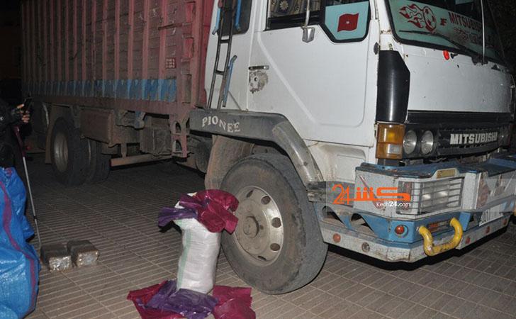 عاجل: مصالح الجمارك تحجز شاحنة محملة بكميات من الأكياس البلاستيكية المحظورة بمراكش