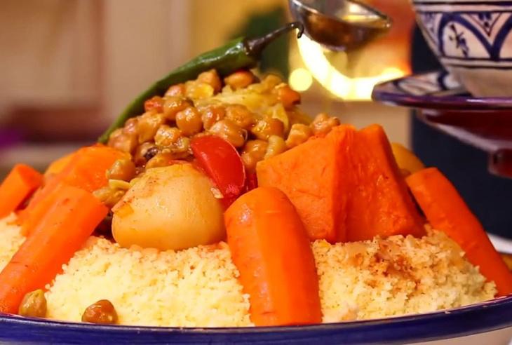 مغاربة يقودون حملة سخرية ضد طباخ أميركي