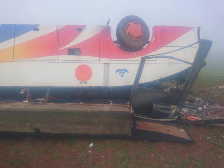 السلطات المحلية: هذا عدد المصابين في حادث انقلاب حافلة لنقل الركاب بإقليم آسفي