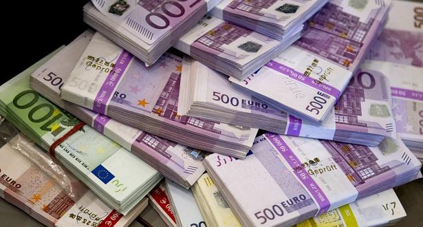 ضبط 100 ألف أورو بميناء طنجة المتوسط