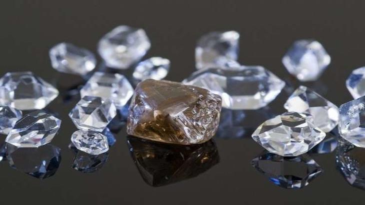 العثور على أحد أكبر أحجار الماس في العالم !