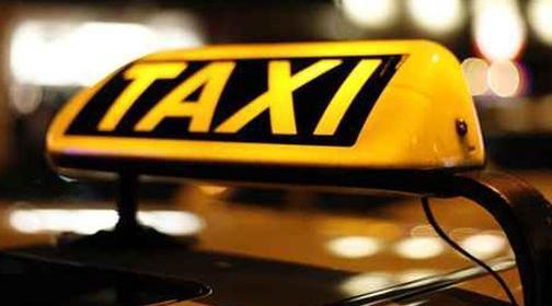خطير: سائق يدهس فتاة بعد رميها من سيارة أجرة بمراكش