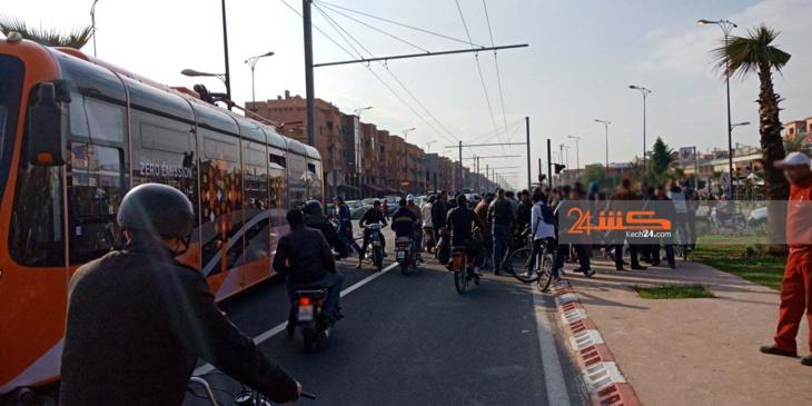 بالصور: الحافلة الكهربائية تدهس سائقة دراجة نارية بمراكش