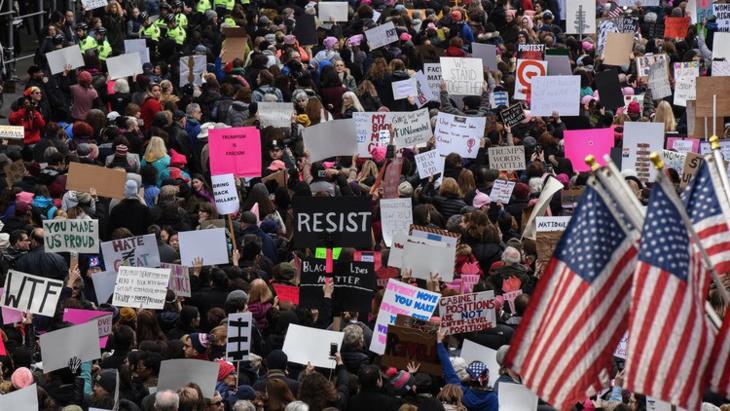 مسيرات احتجاجية بواشنطن بمناسبة تنصيب ترامب