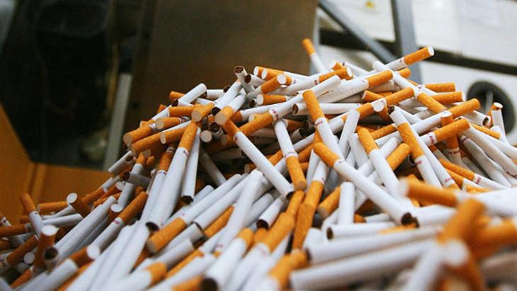 أكثر من مائة ألف علبة سيجارة مهربة تسقط بيد الدرك الملكي