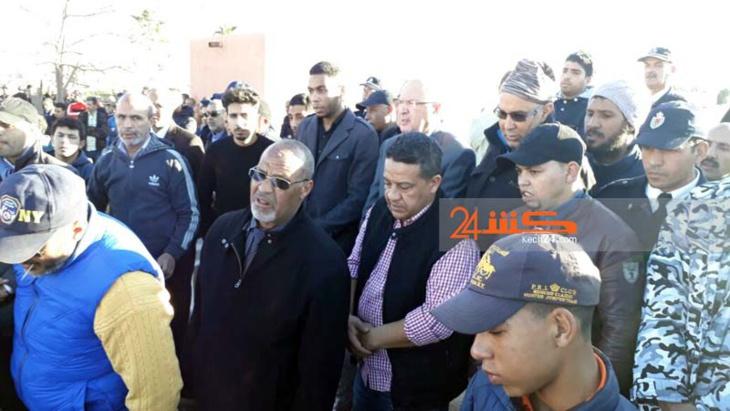 الوالي صبري والعلوة في مقدم مشيعي جنازة الضابط ضحية حادثة السير بمراكش + صور