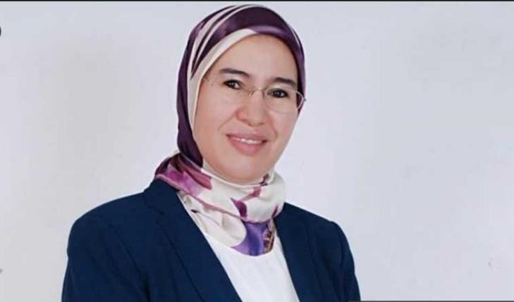 اختراق حساب وزيرة مغربية ونشر رسالة تستجدي رصيداً لشحن الهاتف
