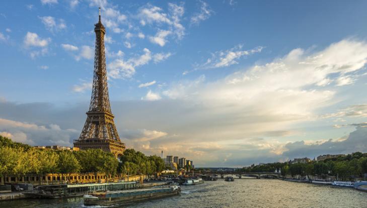 باريس مهددة بالفيضان بسبب استمرار ارتفاع منسوب نهر السين