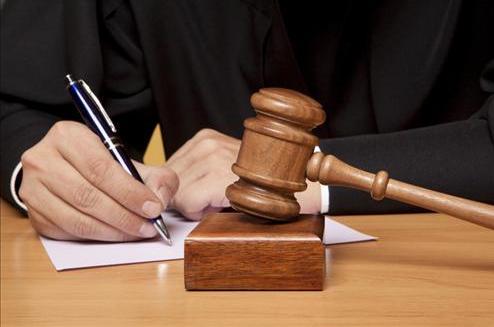 هذا ما قررته محكمة سلا في ملف الفتاة التي قتلت شابا حاول سرقة هاتفها