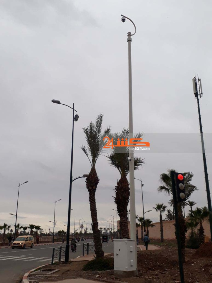 بالصور.. الشروع في تثبيت كاميرات بجوار السور التاريخي لمراكش