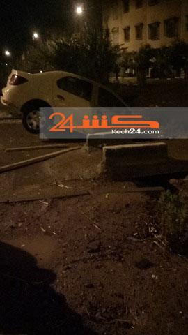 سيارة أجرة تعلق في قناة للسقي بمراكش + صور