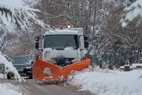 وزير التجهيز يكشف عن عدد الطرق التي فتحت بعد التاقسطات الثلجية