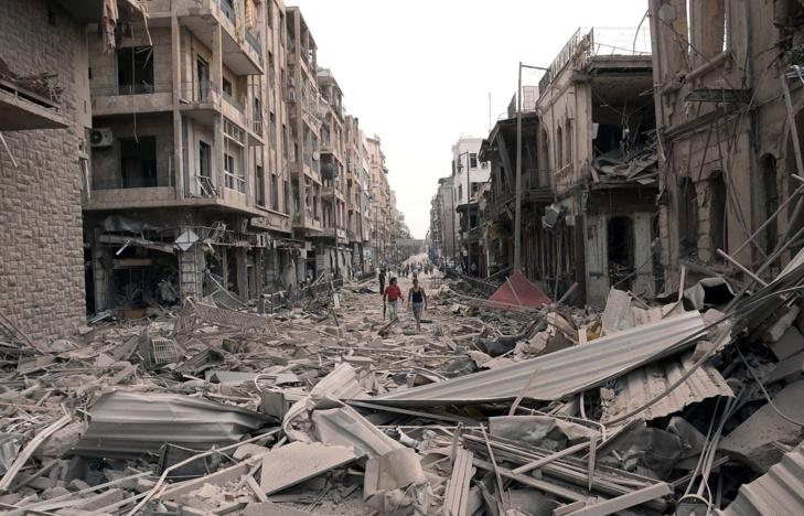 العراق يبدأ رحلة إعادة الإعمار بمليارات دولارات الدول المانحة
