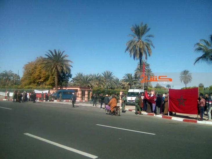 إحتقان وإحتجاجات بالجملة أمام مقر ولاية جهة مراكش + صور