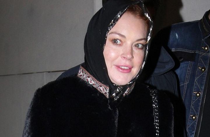 ممثلة أمريكية تثير الجدل من جديد بارتدائها الحجاب