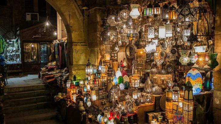 أسواق مراكش الشعبية القديمة متحف يستقطب السياح من كل أنحاء العالم
