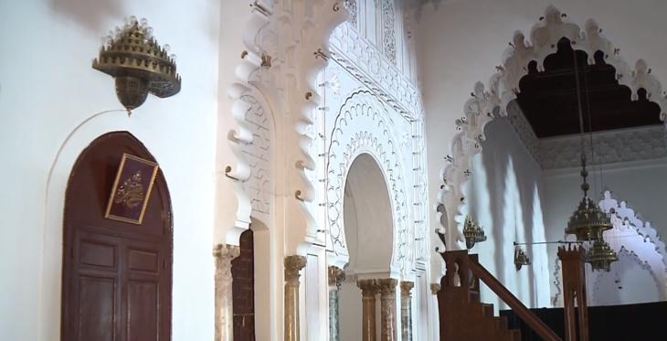 شاهد: قصر عظيم نبت وسط مراكش وأبهر العالم