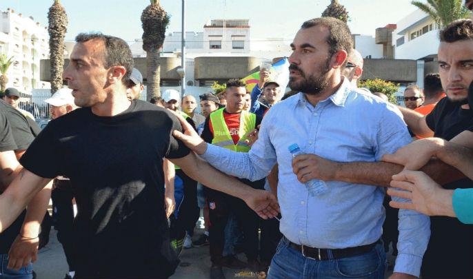 الزفزافي ورفاقه يدخلون في إضراب عن الطعام ومديرية السجون توضح